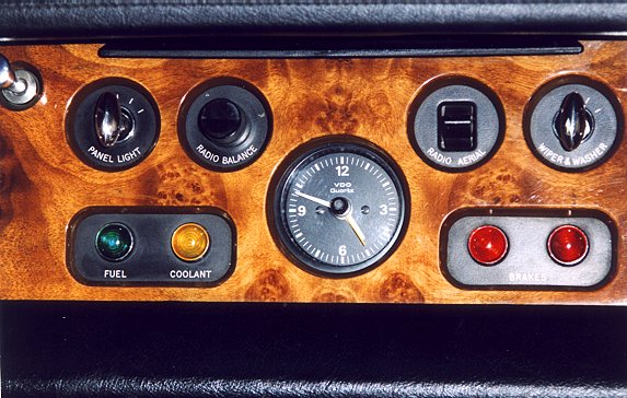 DM 01 dashboard midden rolls royce silver shadow dashboard rolls royce silver shadow fuse box diagram at edmiracle.co