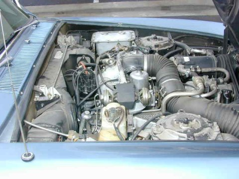The 6750 cc V8 of the Silver Shadow from 1974.
